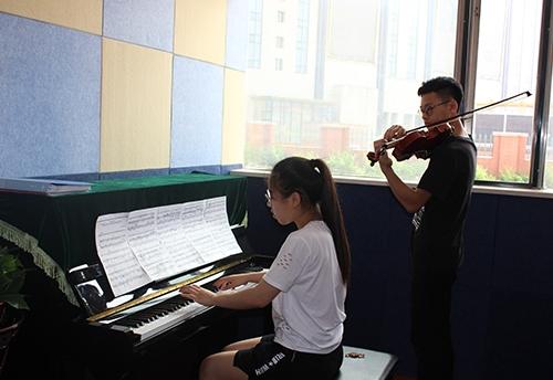 佳木斯小提琴学校