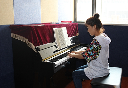 哈尔滨艺考培训学校