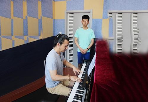 哈尔滨钢琴培训