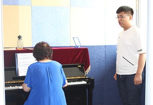 齐齐哈尔声乐学校